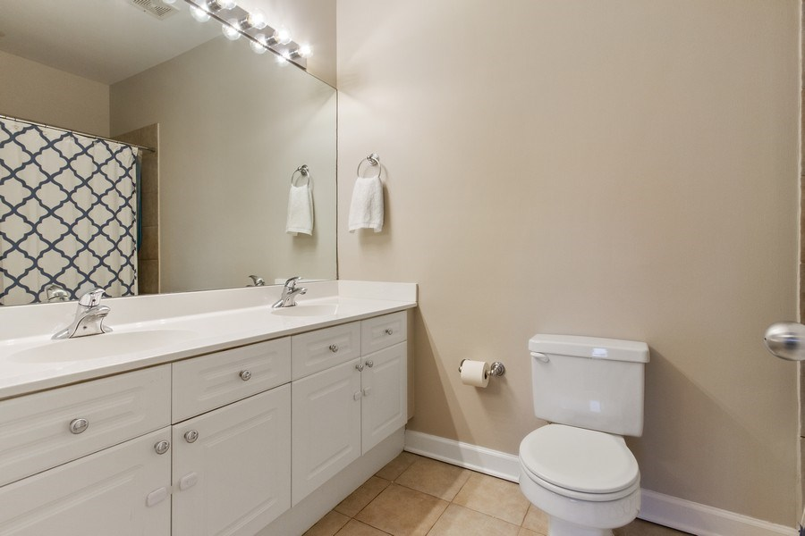 Real Estate Photography - 2352 W Bloomingdale, 3W, Chicago, IL, 60647 - Master Bathroom