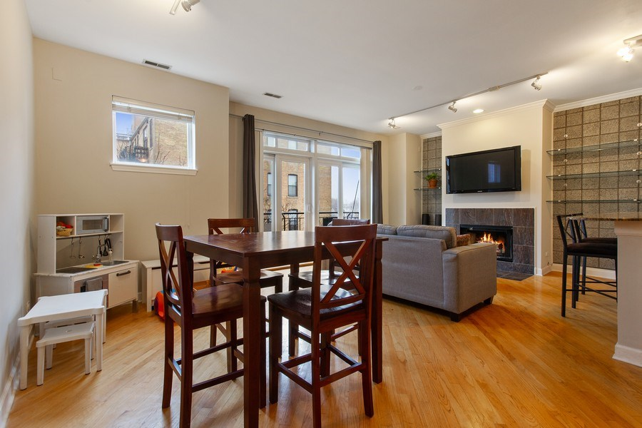 Real Estate Photography - 2352 W Bloomingdale, 3W, Chicago, IL, 60647 - Living Room / Dining Room