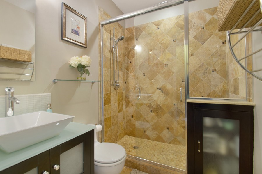 Real Estate Photography - 3831 N. Kenmore, 2, Chicago, IL, 60613 - Master Bathroom