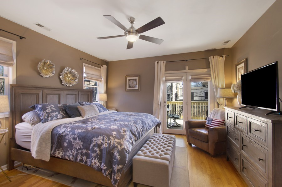 Real Estate Photography - 3831 N. Kenmore, 2, Chicago, IL, 60613 - Master Bedroom
