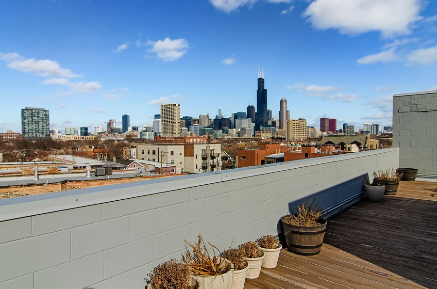 Real Estate Photography - 1033 S Racine, 3NF, Chicago, IL, 60607 - Roof Deck