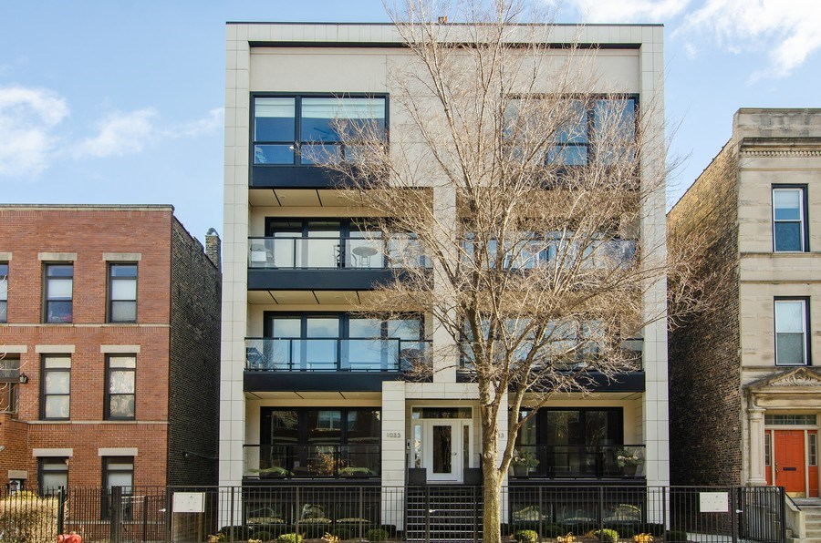 Real Estate Photography - 1033 S Racine, 3NF, Chicago, IL, 60607 - Front View
