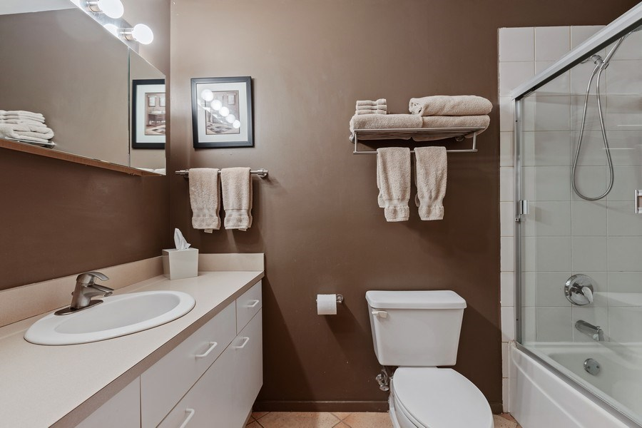 Real Estate Photography - 2300 W Wabansia Ave, 106, Chicago, IL, 60647 - Master Bathroom