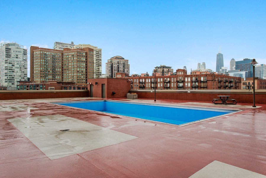 Real Estate Photography - 400 N Clinton, Unit 404, Chicago, IL, 60654 - Pool