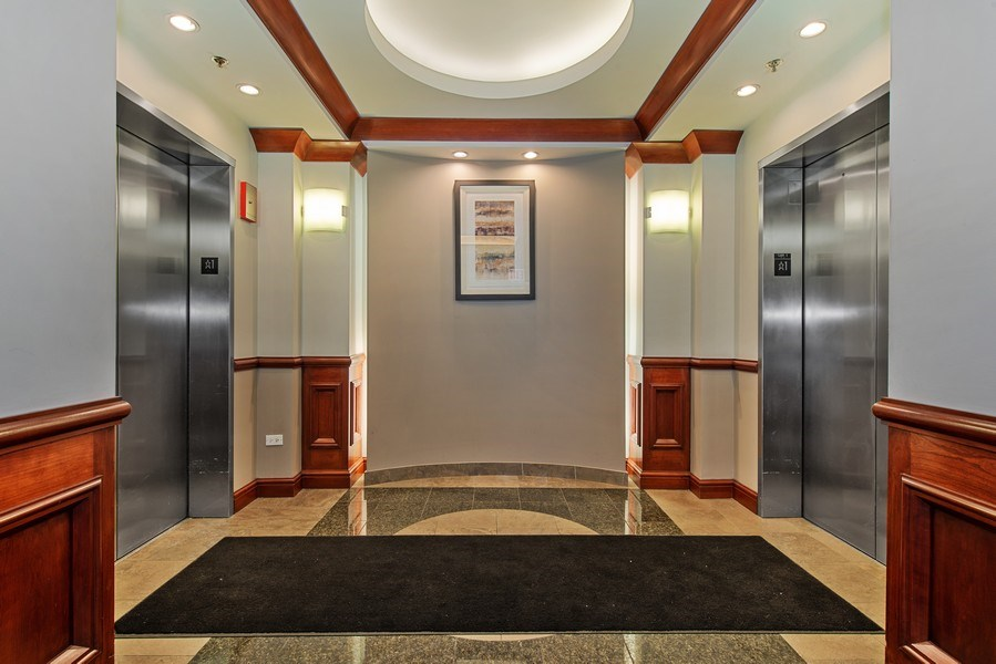 Real Estate Photography - 400 N Clinton, Unit 404, Chicago, IL, 60654 - Elevator
