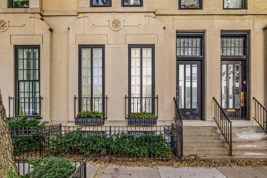 Real Estate Photography - 57 W Burton Place, Chicago, IL, 60610 - Front View