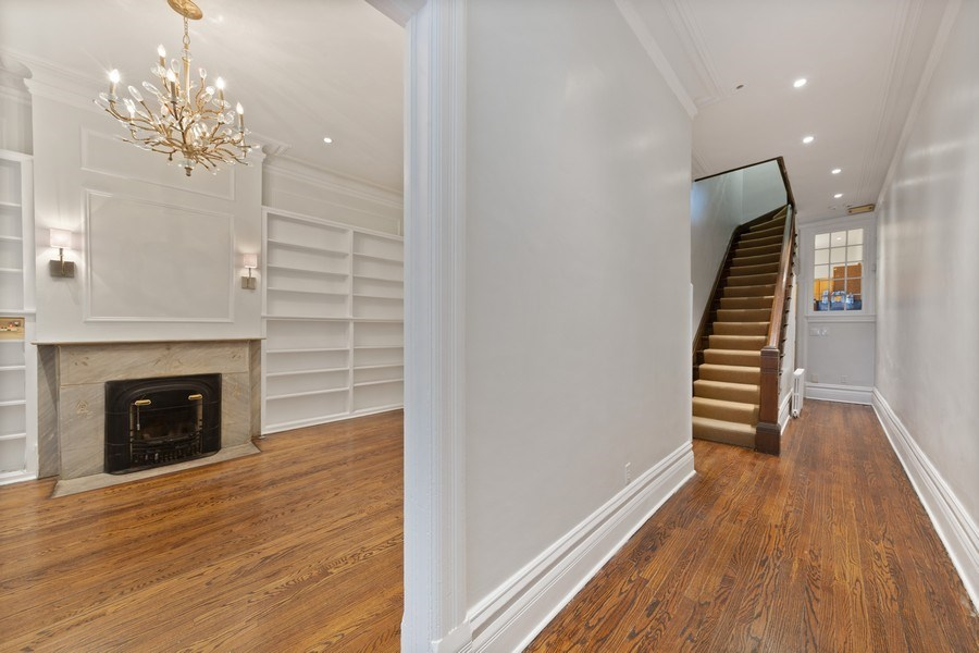 Real Estate Photography - 57 W Burton Place, Chicago, IL, 60610 - Foyer
