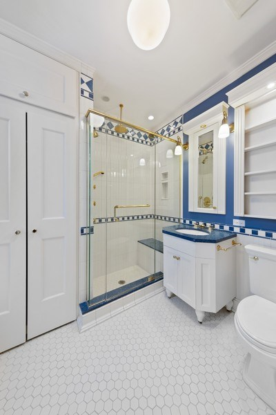 Real Estate Photography - 57 W Burton Place, Chicago, IL, 60610 - Bathroom