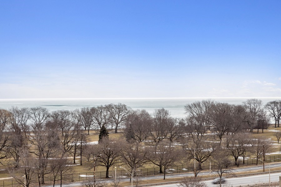 Real Estate Photography - 4170 N Marine Dr, 10L, Chicago, IL, 60613 - View