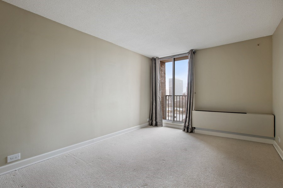 Real Estate Photography - 4170 N Marine Dr, 10L, Chicago, IL, 60613 - Bedroom