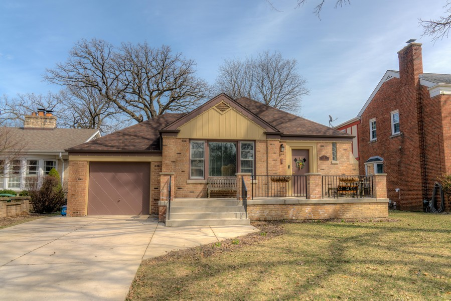 Real Estate Photography - 15 Thatcher Ave, River Forest, IL, 60305 -