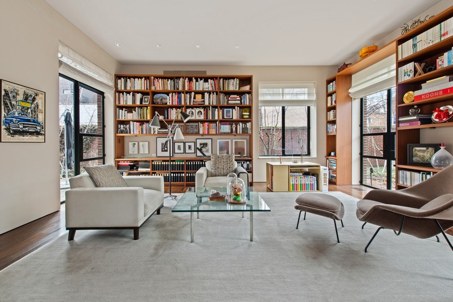 Real Estate Photography - 2517 N Greenview, Chicago, IL, 60614 - Library