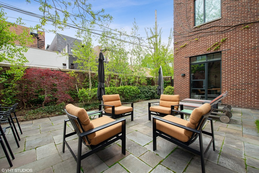 Real Estate Photography - 2517 N Greenview, Chicago, IL, 60614 -