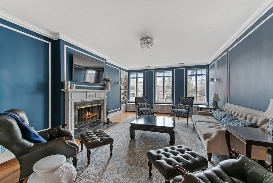Real Estate Photography - 1316 Maple, A3, Evanston, IL, 60201 - Living Room