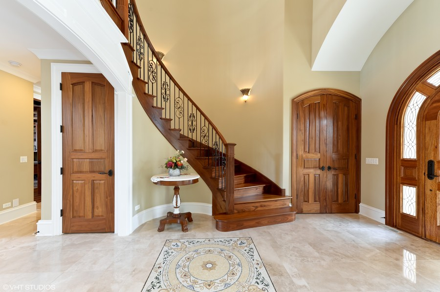 Real Estate Photography - 1754 Chicago Ave, Downers Grove, IL, 60515 - Foyer