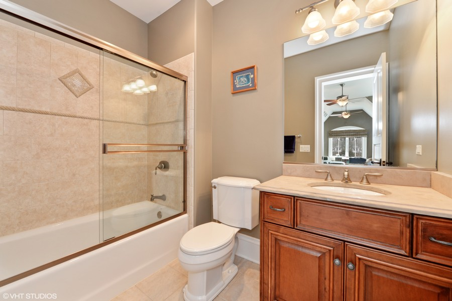 Real Estate Photography - 1754 Chicago Ave, Downers Grove, IL, 60515 - Bedroom 4 Bath