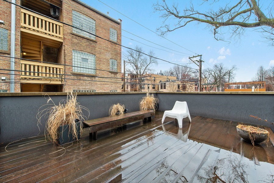 Real Estate Photography - 918 W Webster, CHICAGO, IL, 60622 - Roof Deck