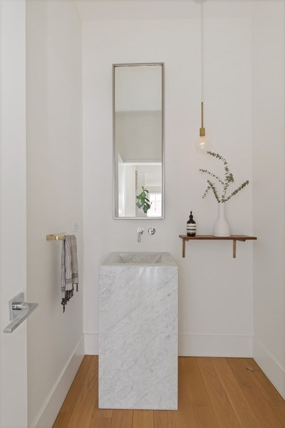 Real Estate Photography - 918 W Webster, CHICAGO, IL, 60622 - Powder Room