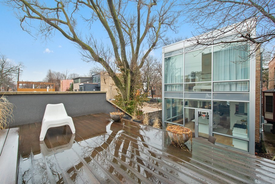 Real Estate Photography - 918 W Webster, CHICAGO, IL, 60622 - Rear View