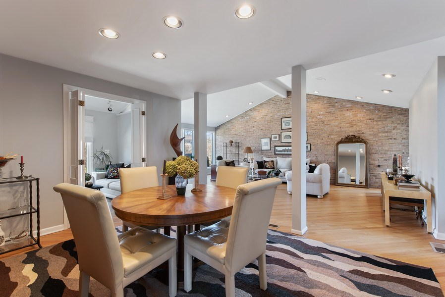 Real Estate Photography - 525 Kin Ct, Wilmette, IL, 60091 - Living Room / Dining Room