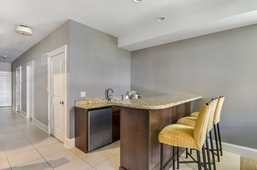 Real Estate Photography - 3133 N Hoyne Avenue, Chicago, IL, 60618 - Wet Bar on Lower Level