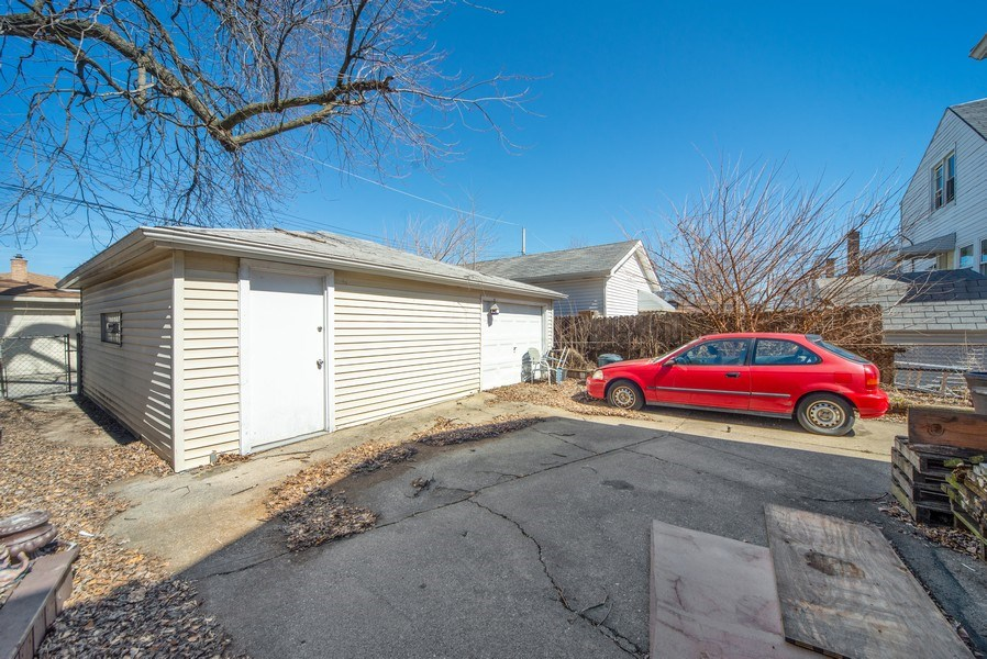 Real Estate Photography - 6952 W Wellington Ave, Chicago, IL, 60634 - Garage