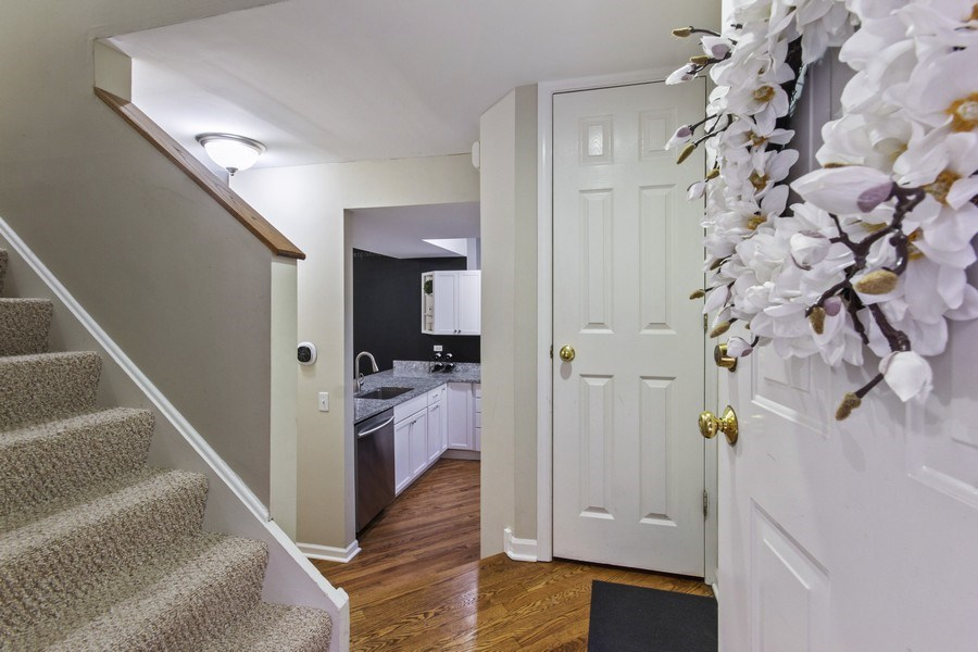 Real Estate Photography - 2851 Southport Ave., A, Chicago, IL, 60657 -