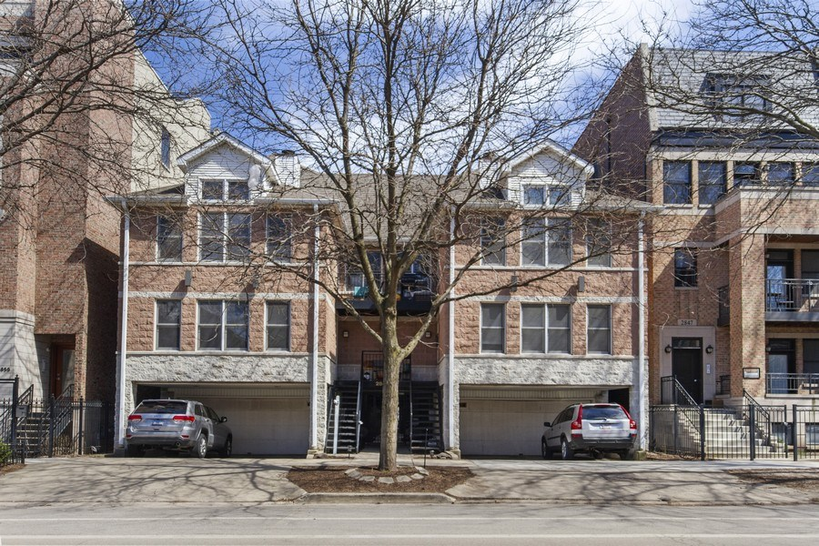 Real Estate Photography - 2851 Southport Ave., A, Chicago, IL, 60657 - Front View