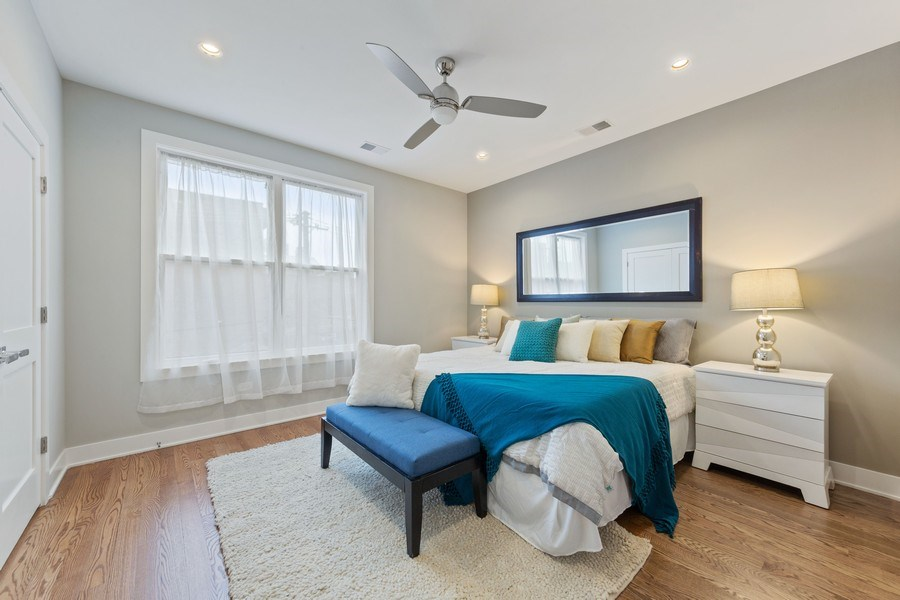 Real Estate Photography - 3521 S Prairie avenue, Chicago, IL, 60653 - Master Bedroom