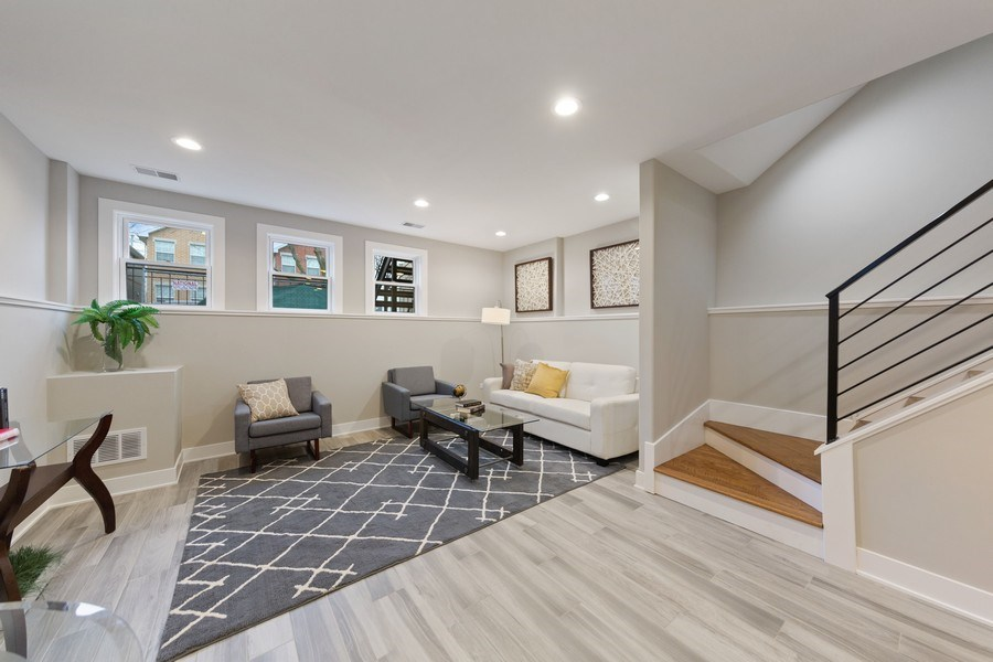 Real Estate Photography - 3521 S Prairie avenue, Chicago, IL, 60653 - Lower Level
