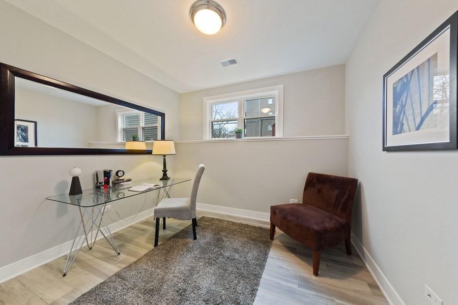 Real Estate Photography - 3521 S Prairie avenue, Chicago, IL, 60653 - Den