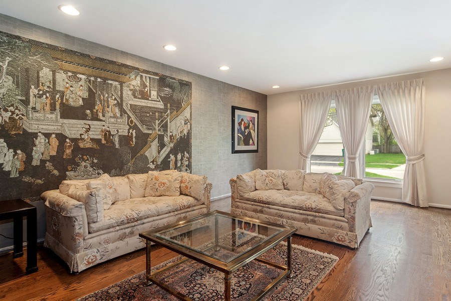 Real Estate Photography - 222 Fairview Ave, Deerfield, IL, 60015 - Living Room