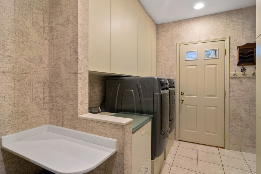 Real Estate Photography - 222 Fairview Ave, Deerfield, IL, 60015 - Laundry Room