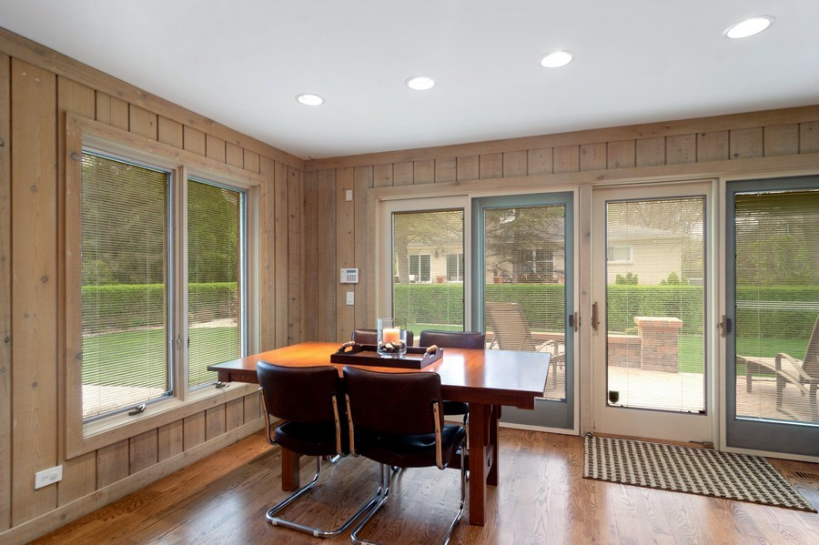 Real Estate Photography - 222 Fairview Ave, Deerfield, IL, 60015 - Breakfast Nook