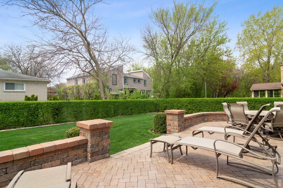 Real Estate Photography - 222 Fairview Ave, Deerfield, IL, 60015 - Patio