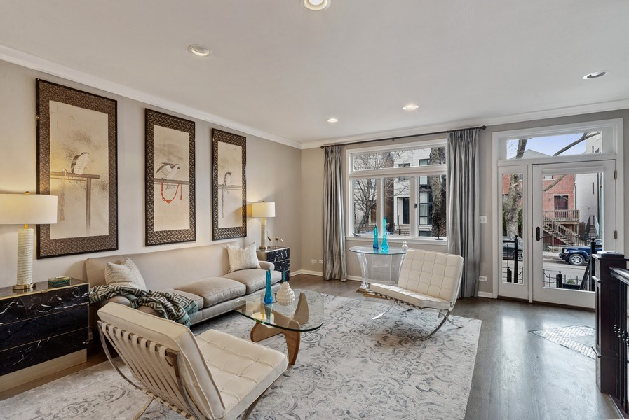 Real Estate Photography - 2339 W. Ohio ST., Chicago, IL, 60612 - Living Room