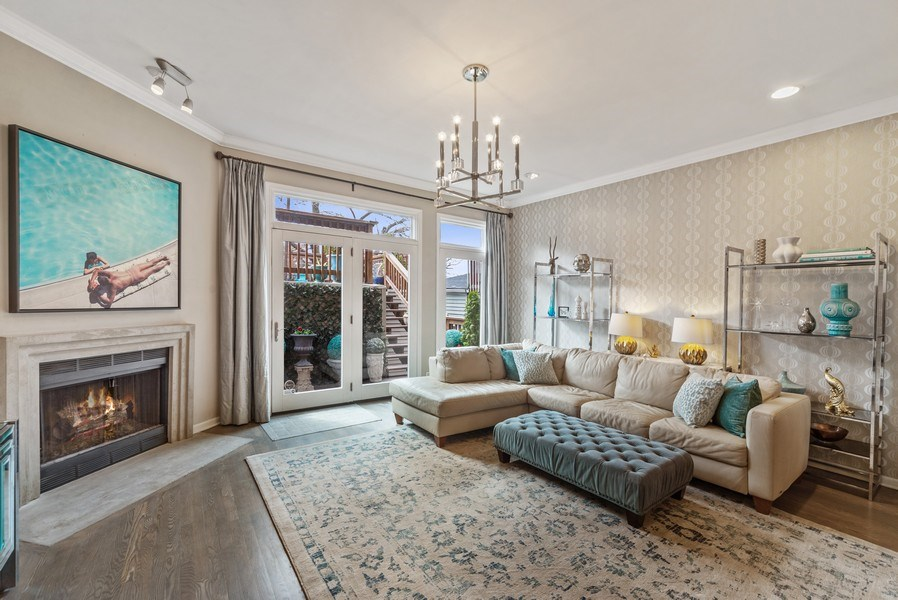 Real Estate Photography - 2339 W. Ohio ST., Chicago, IL, 60612 - Family Room