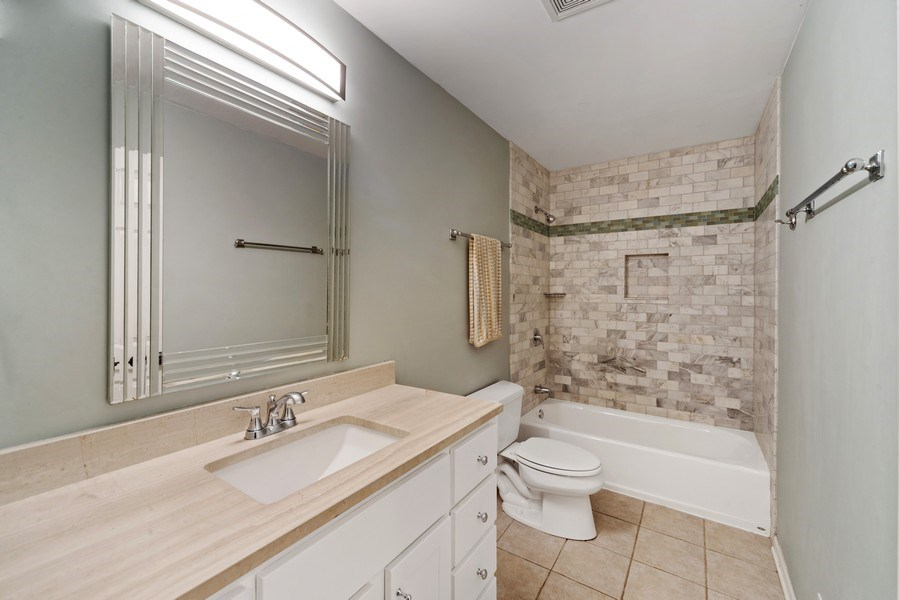 Real Estate Photography - 2339 W. Ohio ST., Chicago, IL, 60612 - 2nd Full Bathroom