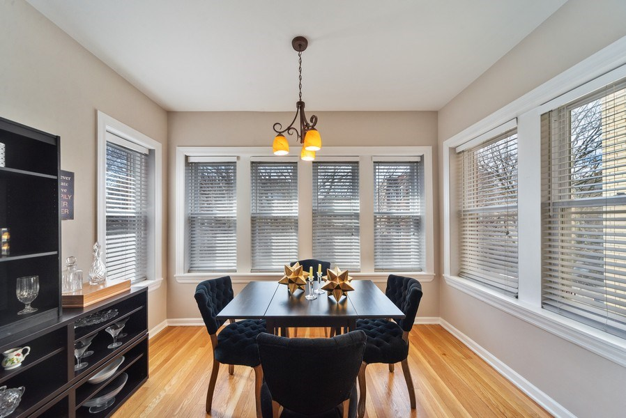 Real Estate Photography - 4639 N. Central Park, 2N, Chicago, IL, 60625 - Sun Room