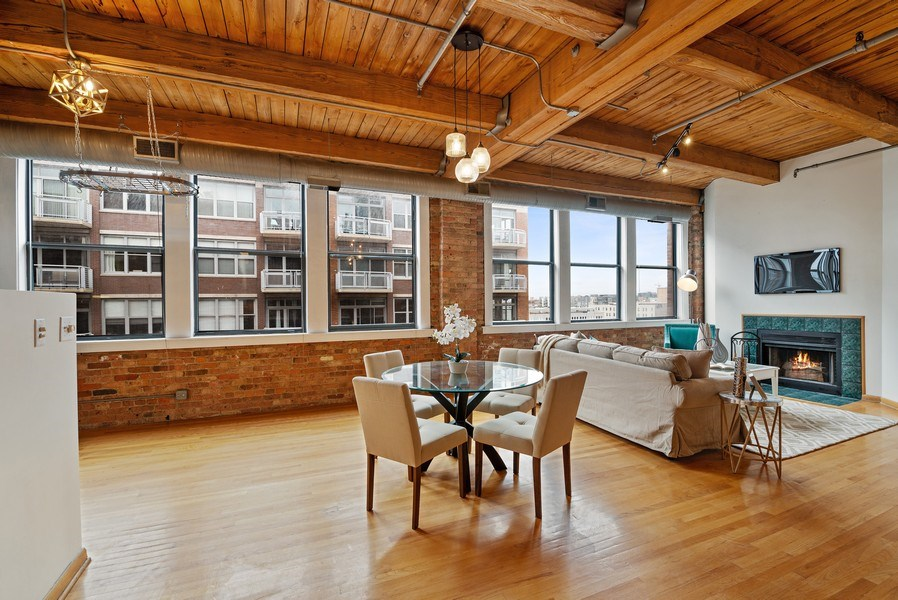 Real Estate Photography - 913 W Van Buren, 6E, Chicago, IL, 60607 - Living Room / Dining Room
