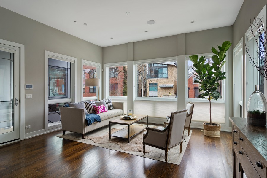 Real Estate Photography - 1613 N Honore, Chicago, IL, 60622 - Living Room