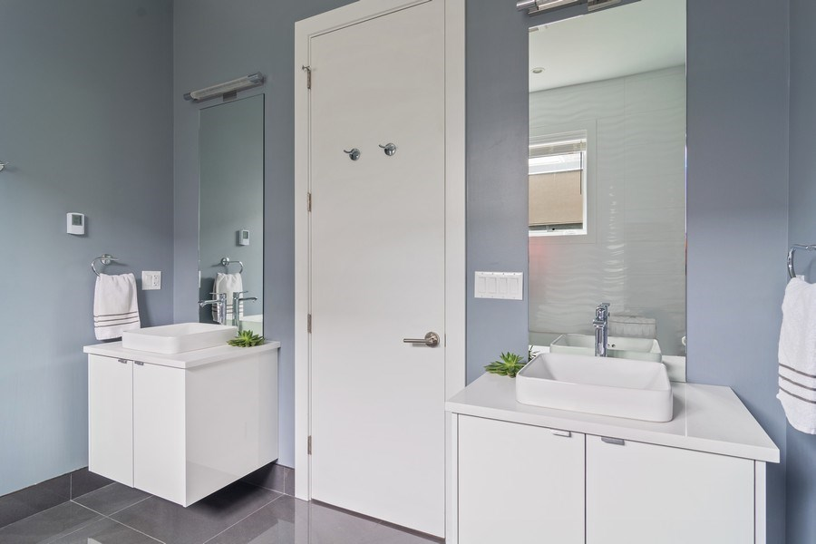 Real Estate Photography - 1613 N Honore, Chicago, IL, 60622 - Master Bathroom