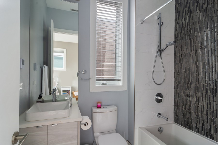 Real Estate Photography - 1613 N Honore, Chicago, IL, 60622 - Bathroom