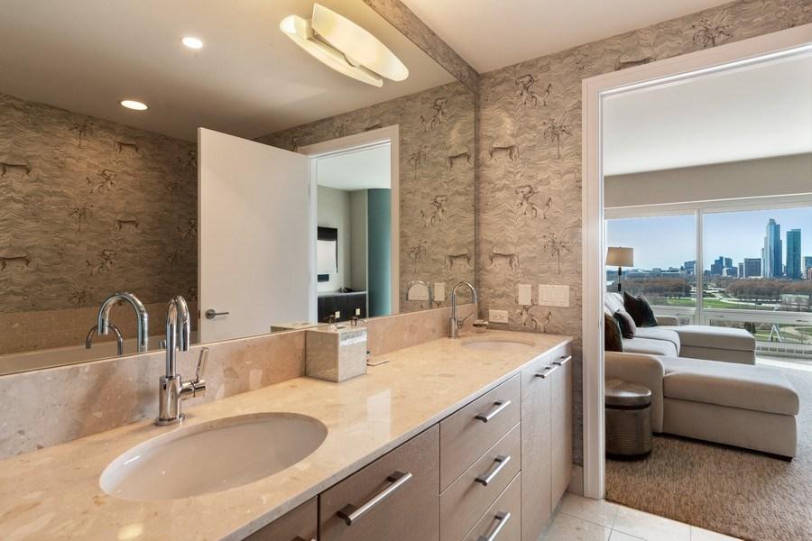 Real Estate Photography - 340 e randolph, 905, Chicago, IL, 60601 - Master Bathroom