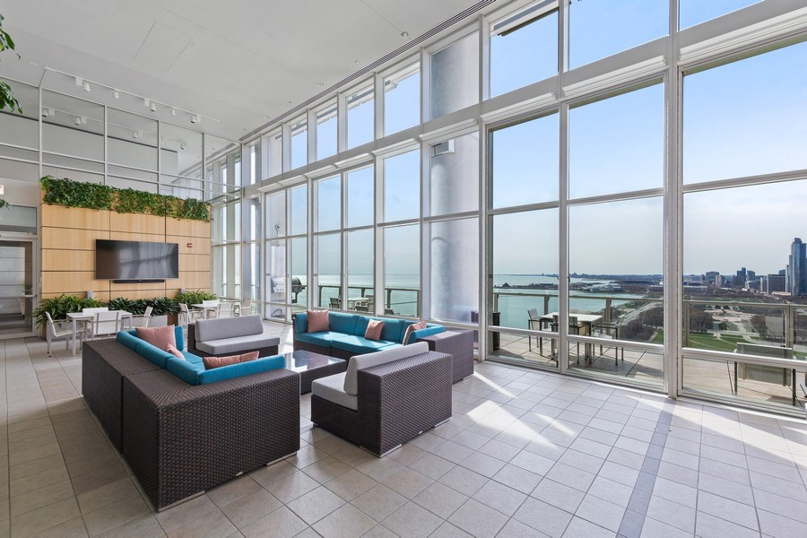 Real Estate Photography - 340 e randolph, 905, Chicago, IL, 60601 - Recreational Room