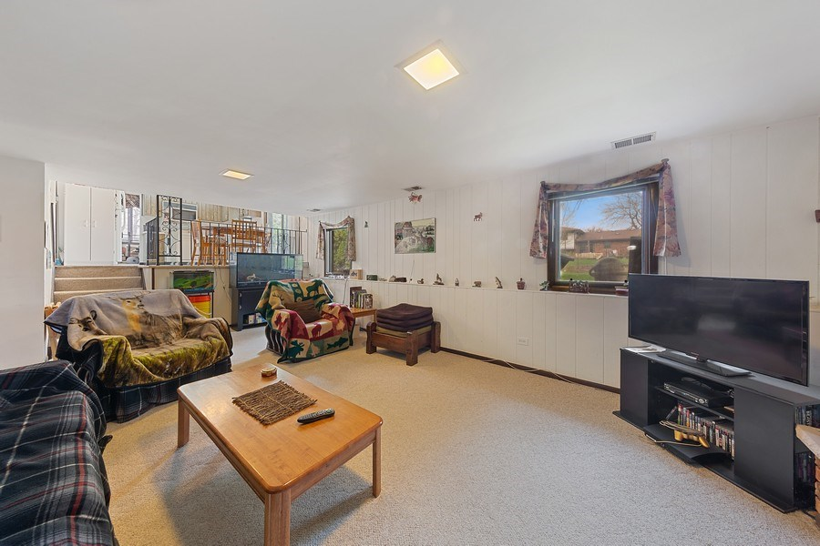 Real Estate Photography - 16W700 Fern Street, Willowbrook, IL, 60527 - Family Room