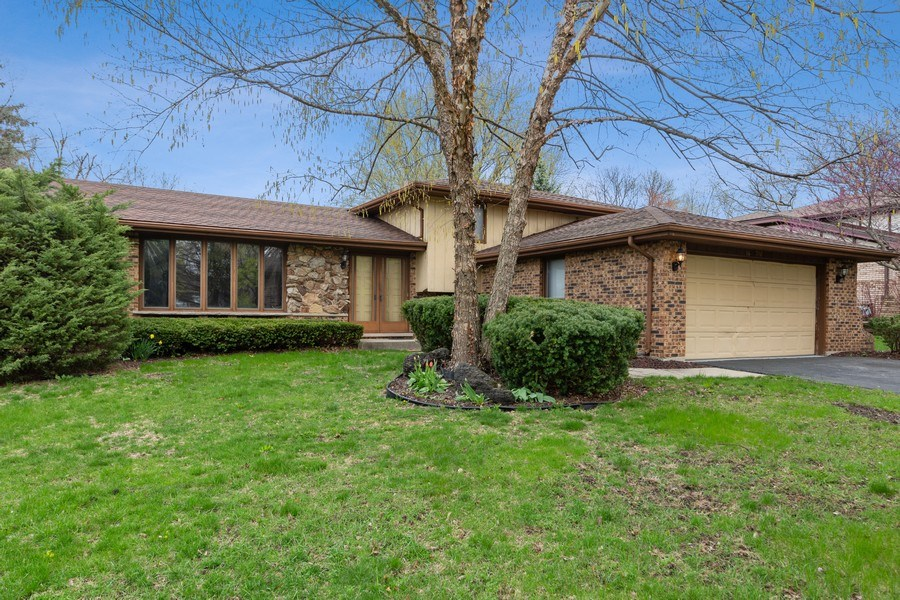 Real Estate Photography - 16W700 Fern Street, Willowbrook, IL, 60527 - Front View
