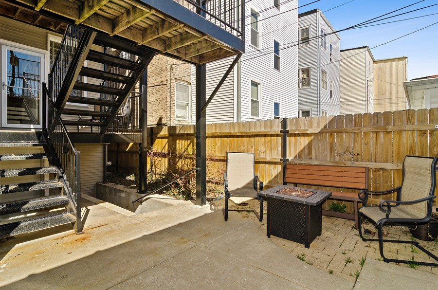 Real Estate Photography - 4619 N. Lawndale Ave #1, Chicago, IL, 60625 - Patio