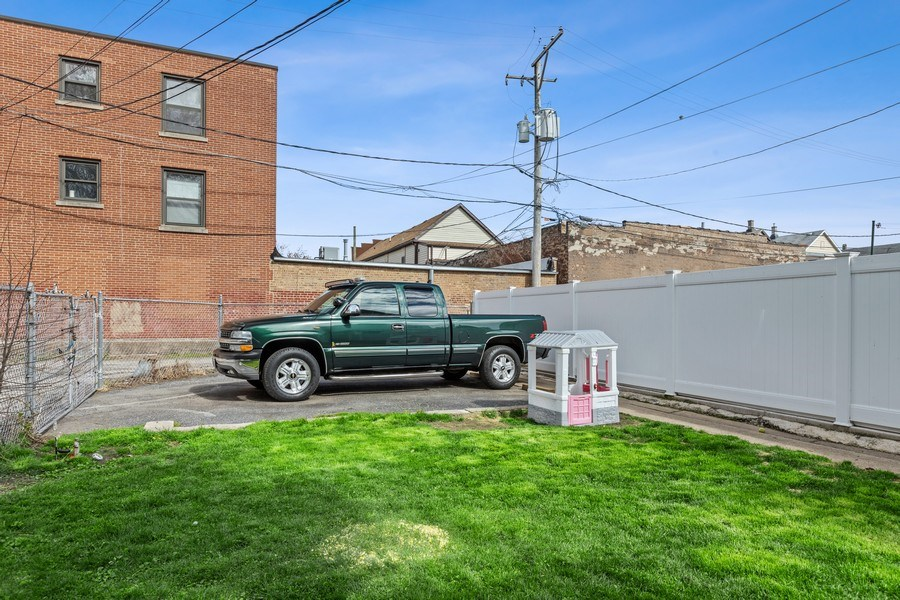 Real Estate Photography - 4523 S Lowe, Chicago, IL, 60609 - Parking Area