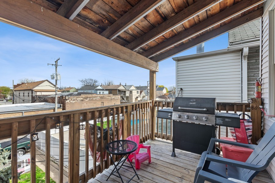 Real Estate Photography - 4523 S Lowe, Chicago, IL, 60609 - Deck